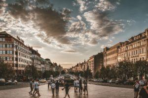 Nutzer und Eigentürmer: Genossenschaftsidee und Wohneigentum